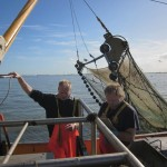 scientists-and-fishermen-working-together