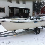 fishing-in-winter-